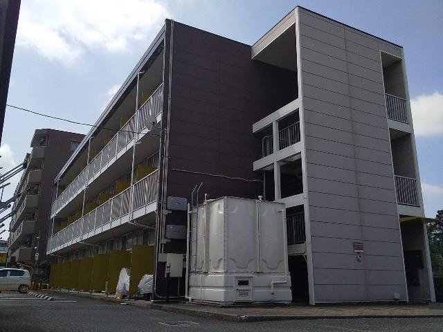 レオパレスエル2001の外観