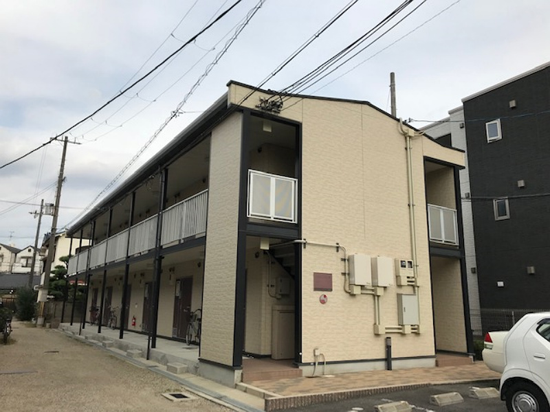 レオパレスセレンコート高井田