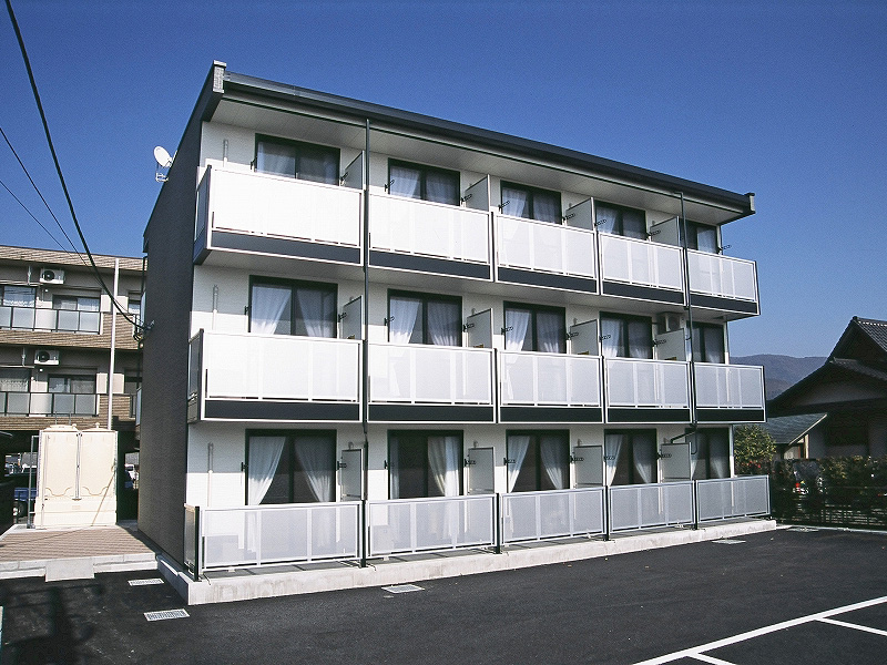 新着賃貸1:山梨県甲府市朝気1丁目の新着賃貸物件