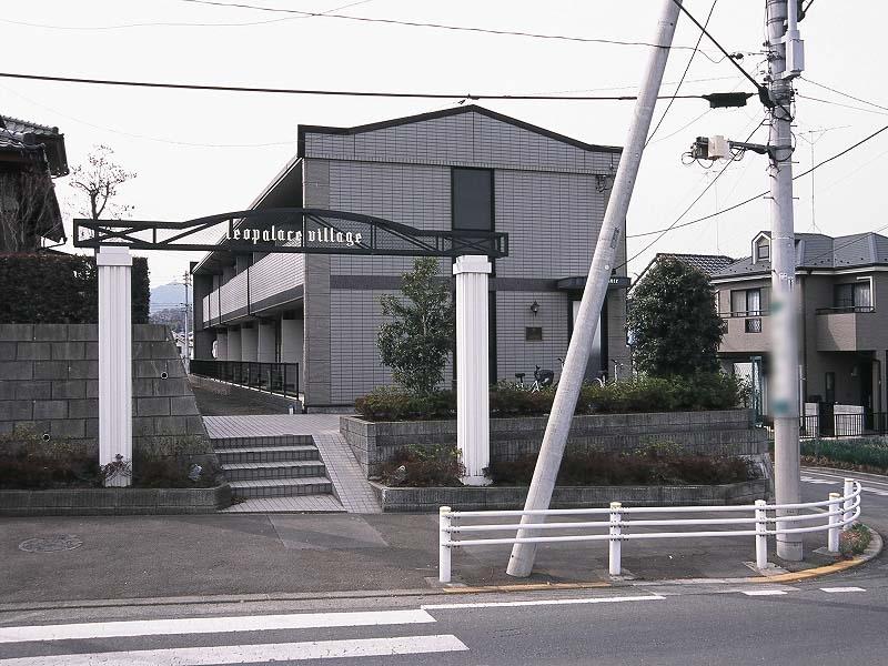 東京都八王子市館町