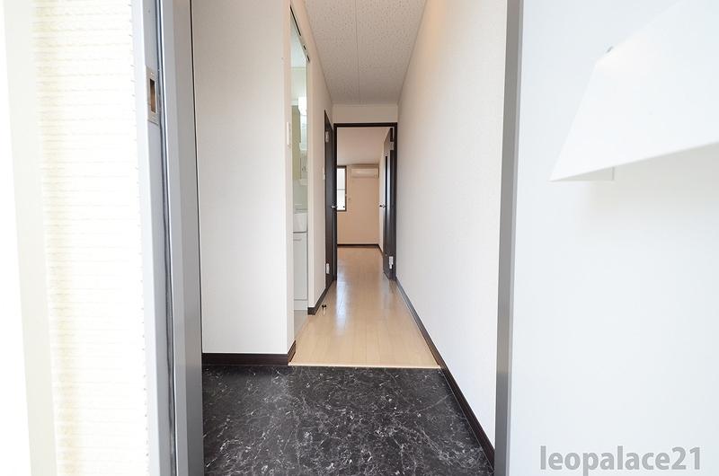 画像10:玄関